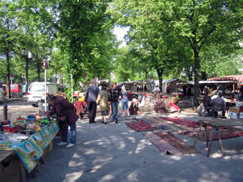 Tiergarten flea and antiques marketBerlin